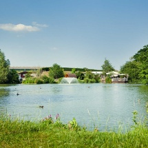 Sumners Pond & The Lakeside Café